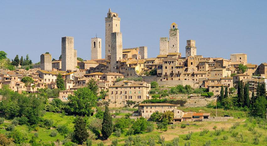 Feriehus i Italia : Kort om Midt-Italia, bilde er fra San Gimignano : Primatoscana