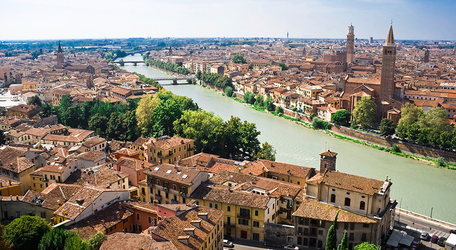 Feriehus i Italia : Kort om Nord-Italia, Verona : Primatoscana